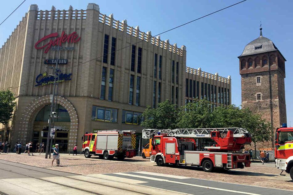 Alarm in Einkaufszentrum: Galerie Roter Turm muss geräumt werden