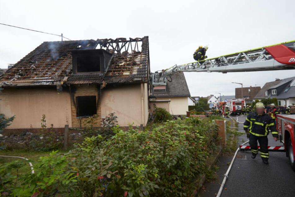Feuer Drama Stellt Polizei Vor Ratsel Hausbewohner Vermisst Tag24