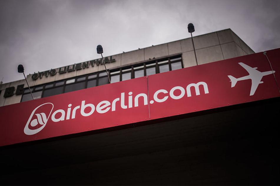 Air Berlin bekommt eine Transfergesellschaft für Mitarbeiter vom Land finanziert.