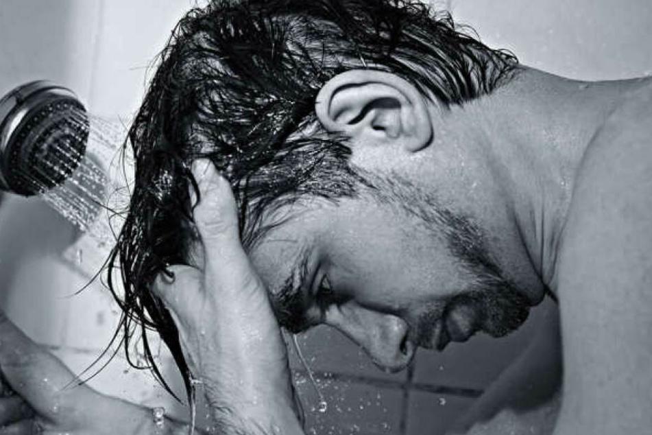 Für nahezu die Hälfte der Aufsteher zählt eine morgendliche Dusche nicht zur Routine.