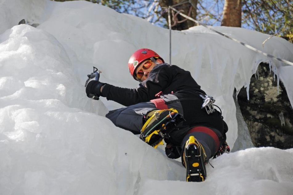 Ein Deutscher wurde beim Klettern in Österreich tödlich verletzt. (Symbolbild)