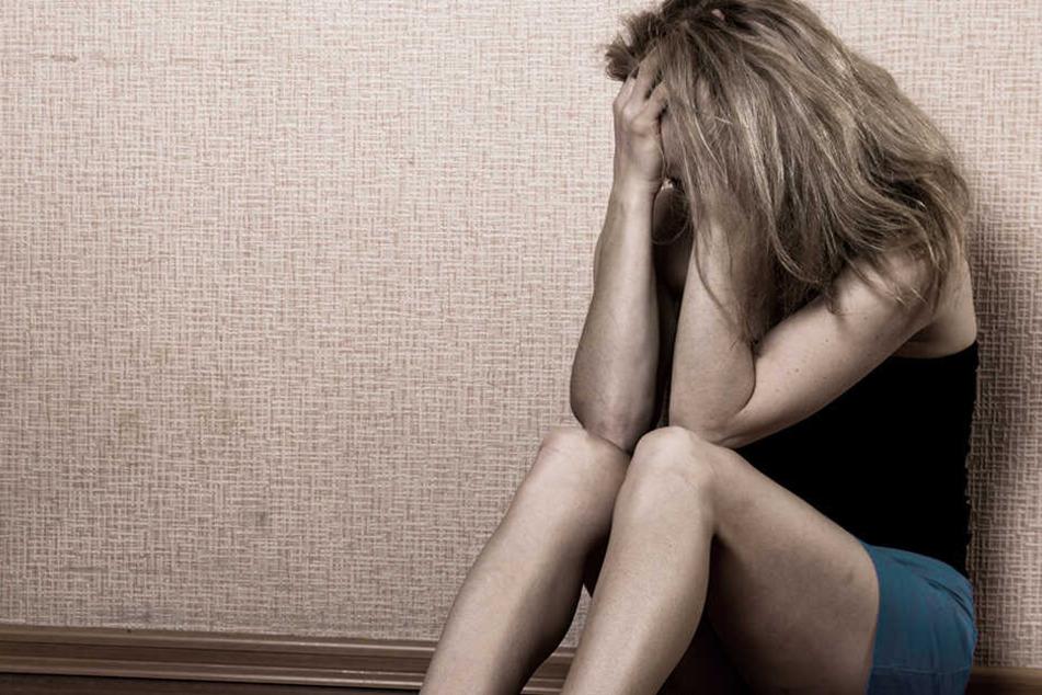 Das Opfer soll erst im Genitalbereich berührt und dann verletzt worden sein.