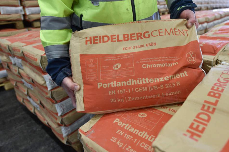 Den Umsatz konnte HeidelbergCement um ein Prozent auf 4,26 Milliarden steigern. (Archivbild)