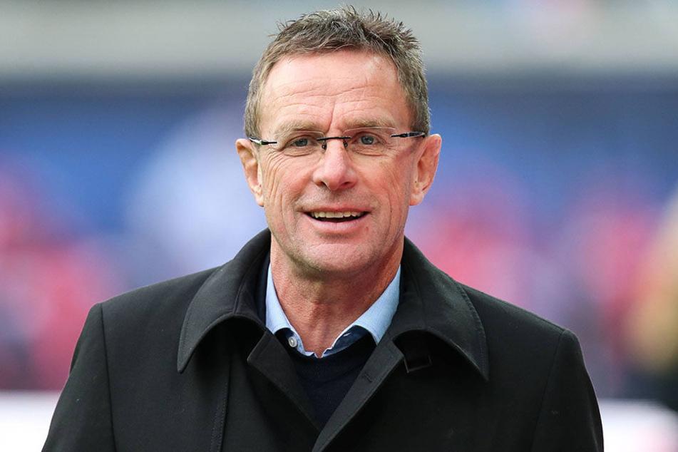 Ralf Rangnick will seinen RB Spielern mehr Geld geben.