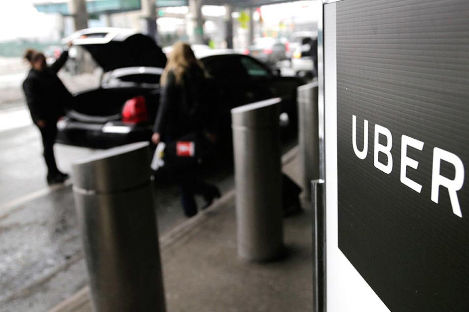 Das Taxi-Unternehmen Uber hat klare Richtlinien bei der Beförderung von Fahrgästen.