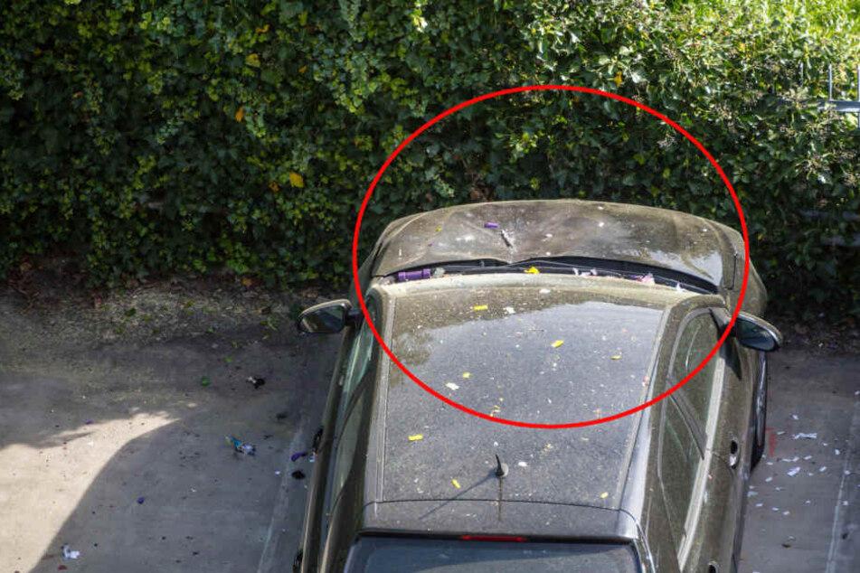 Den Sprengsatz soll der 56-Jährige auf der Motorhaube des Kia platziert haben.