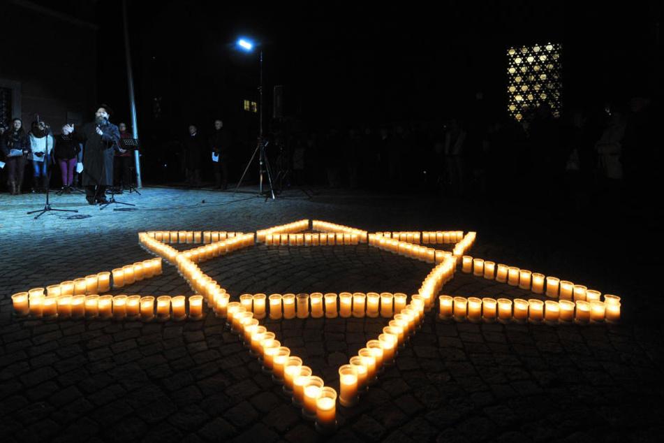 Im Berliner Abgeordnetenhaus erinnern am Donnerstag Vertreter aus Politik und Gesellschaft an die Pogromnacht (Symbolbild).