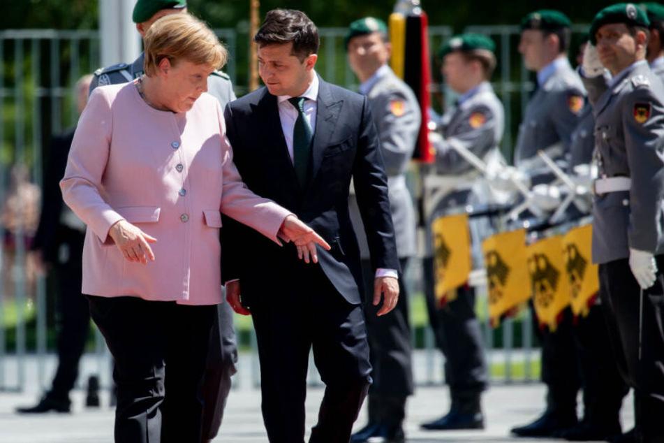 Bundeskanzlerin Angela Merkel empfängt Wolodymyr Selensky in Berlin.