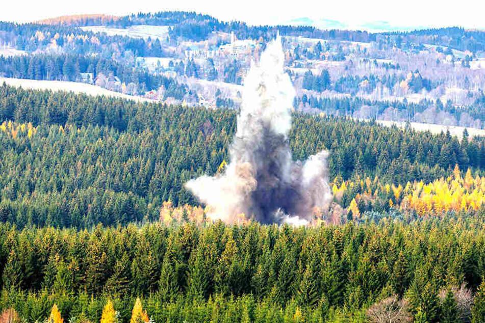 Für die Sprengung wurde das Waldstück bei Altenberg großflächig abgesperrt.