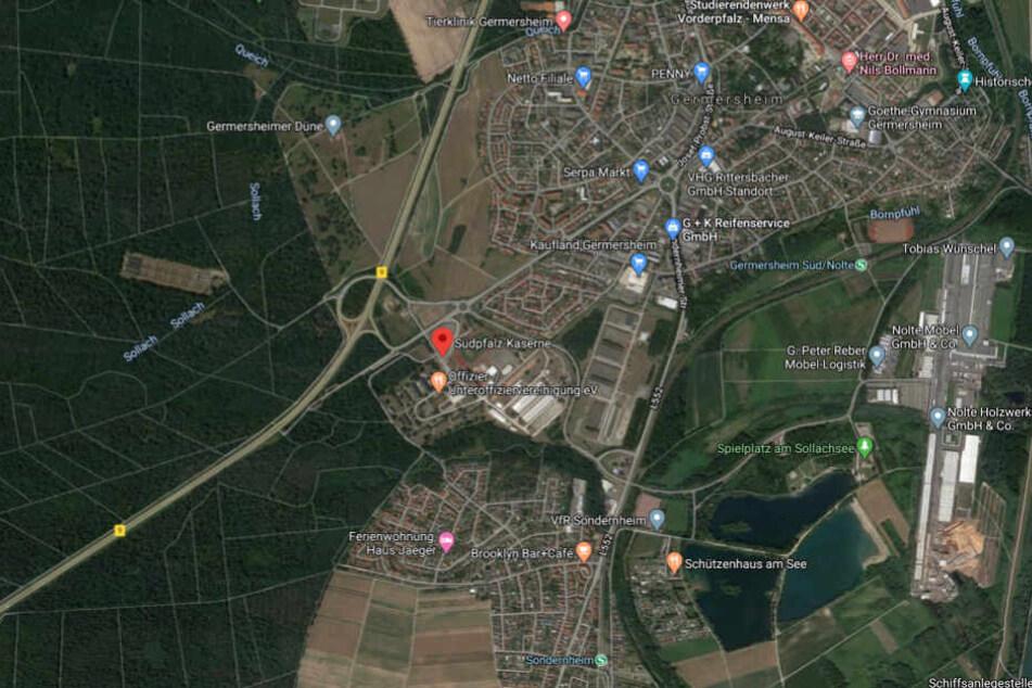 Die Kaserne liegt am Ortsrand von Germersheim in Rheinland-Pfalz.