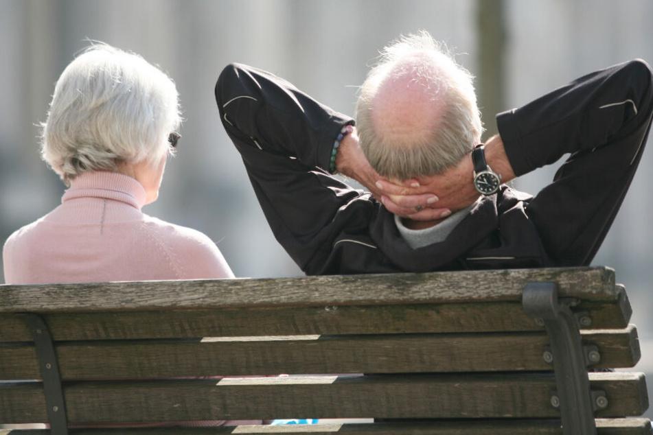 Für viele Rentner in Deutschland könnte es bald zu Problemen kommen. (Symbolbild)
