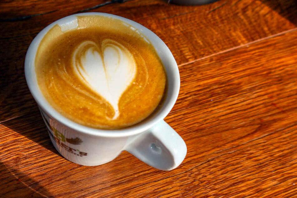 Den Cappuccino betitelt Mustafa als besten der Stadt.