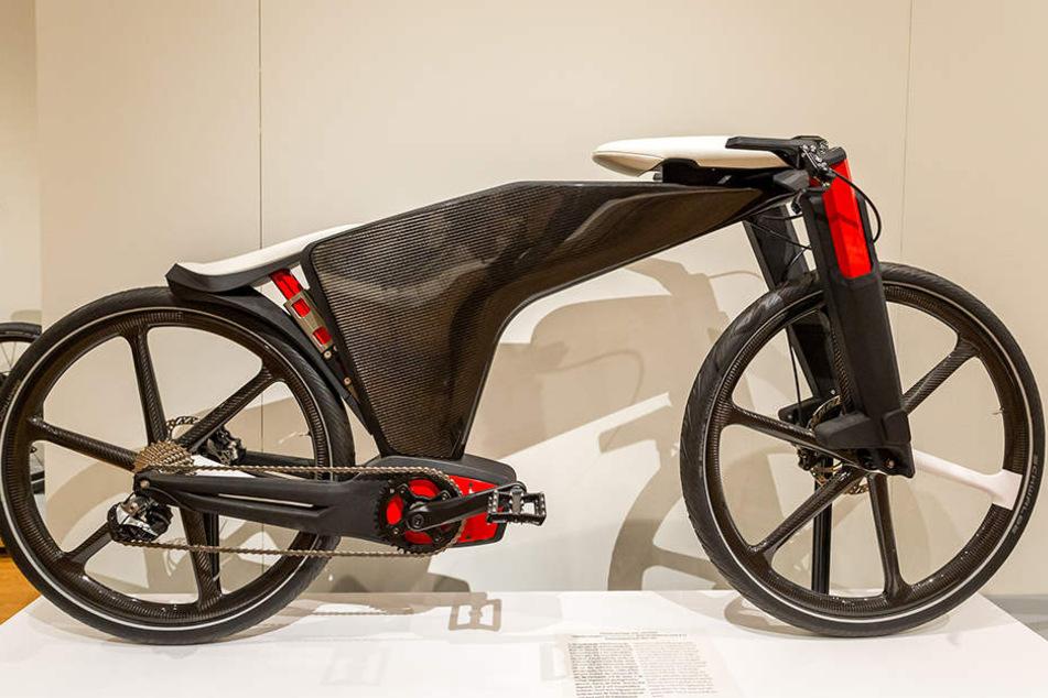 """Die Designstudie""""Visionbike"""" von Mechatronik-Spezialist Brose. Sattel und Lenker sind elektrisch versenk- und ausfahrbar."""