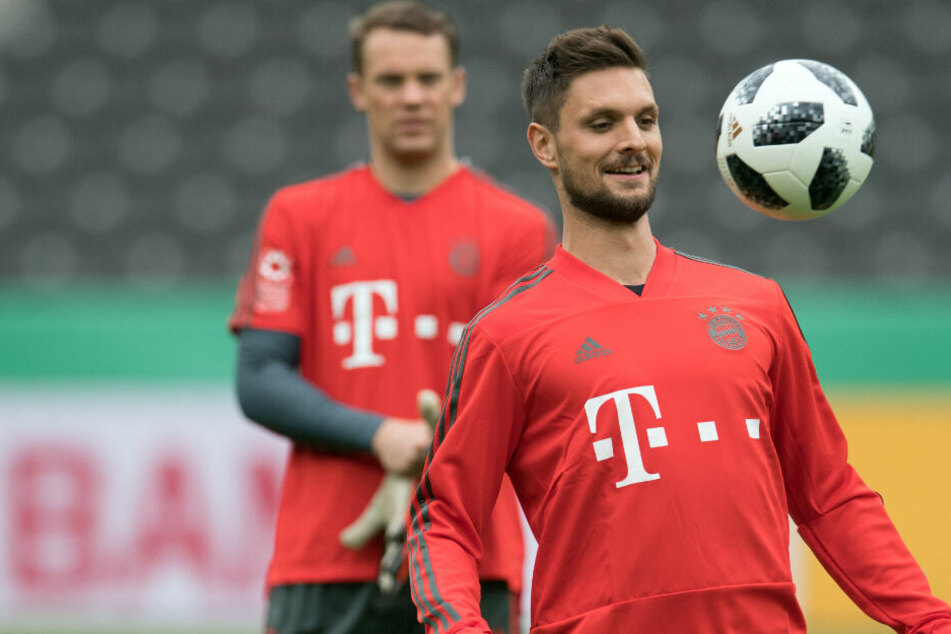 Manuel Neuer stärkte seinem Teamkollegen Sven Ulreich vor der Partie gegen Werder Bremen den Rücken.