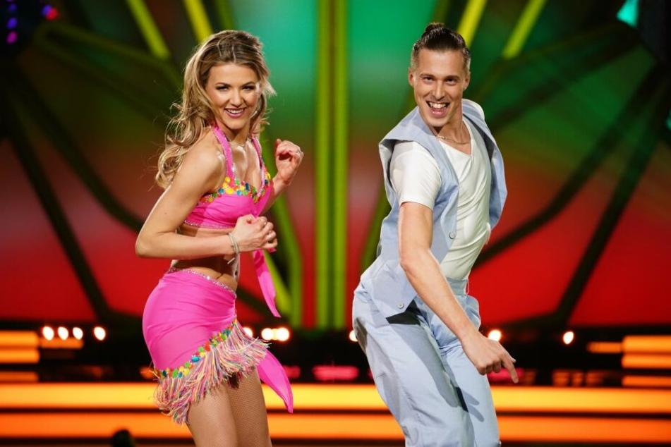 """In der dritten Folge von """"Let's Dance"""" stellten Ella Endlich (34) und Tanzpartner Valentin Lusin (31) alle in den Schatten."""