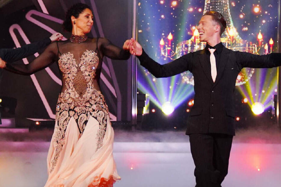 "Das war nix: ""Let's Dance""-Jury watscht Steffi Jones ab"