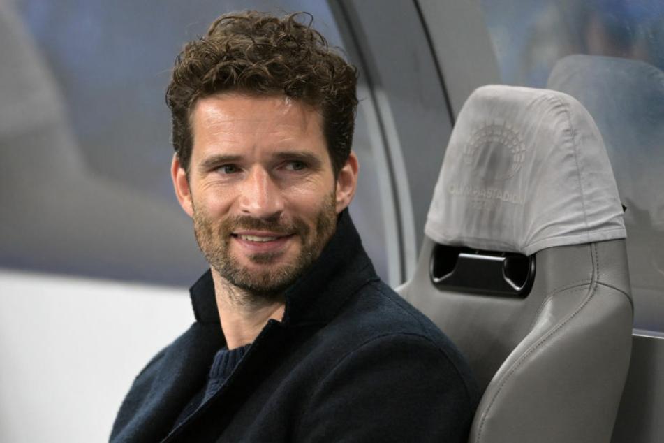 Hertha-Manager Arne Friedrich (41) hat einen sehr engen Draht zu den Spielern aufgebaut und spürt eine gewisse Aufbruchsstimmung in der Mannschaft.
