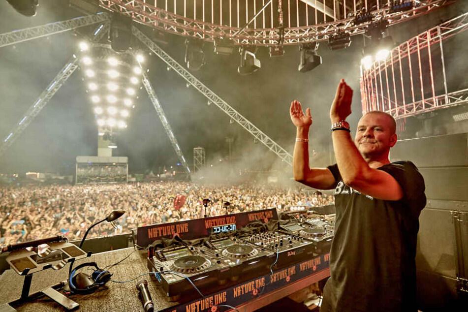 Kult-DJ Mogui heizte der Menge ordentlich ein.