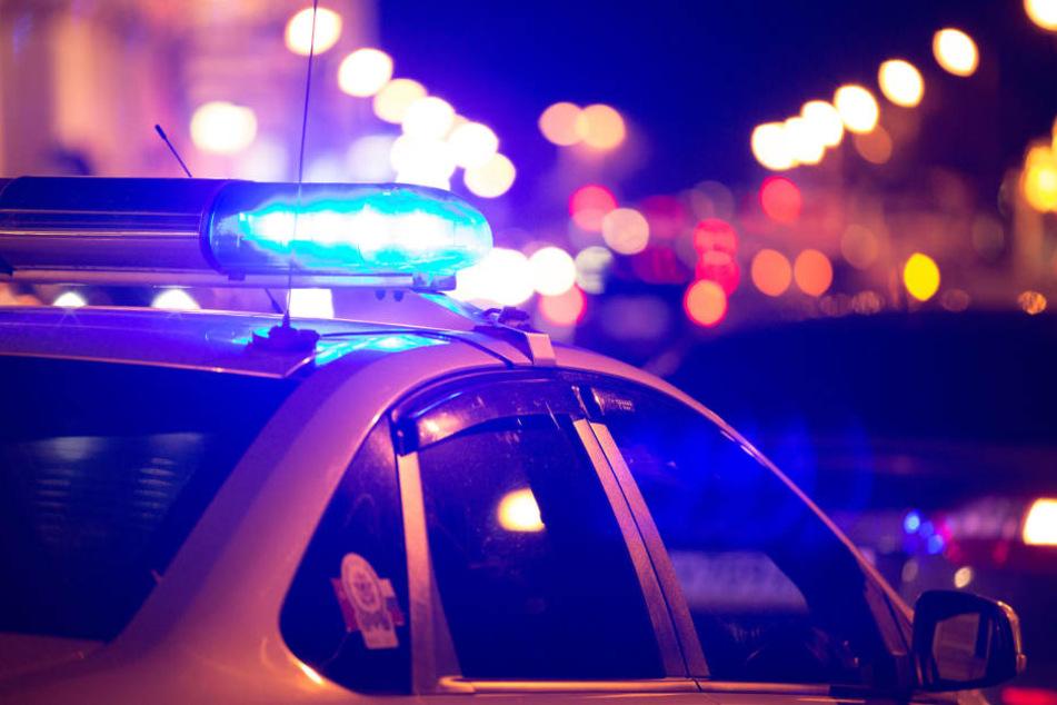 Noch in der Nacht der Tat begann die Polizei mit der Fahndung nach dem Täter.