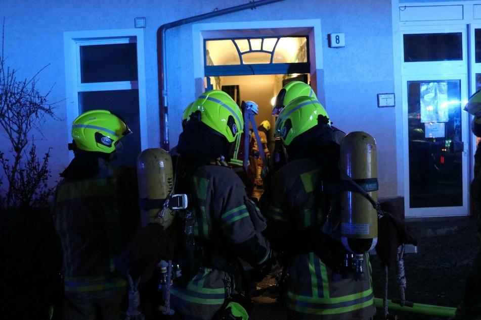 In der Nacht zu Donnerstag ist ein Feuer in einer Wohnung in Berlin-Baumschulenweg ausgebrochen.