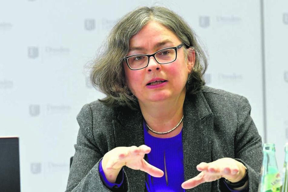 Umweltbürgermeisterin Eva Jähnigen (53, Grüne) will Dresden hitzefest machen.