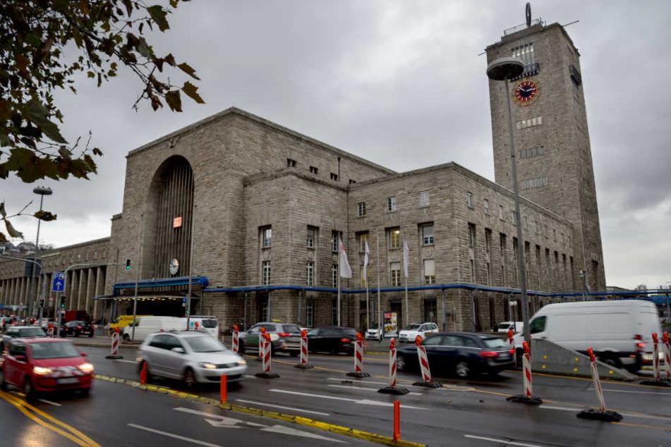 Der Umbau des Stuttgarter Hauptbahnhofs wird nicht nur über eine Milliarde Euro teurer, der Betrieb startet auch erst drei Jahre später.