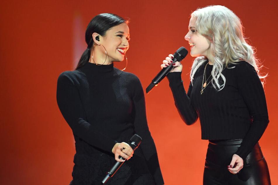 Das Duo überzeugte das Publikum mit der emotionalen Power-Hymne.