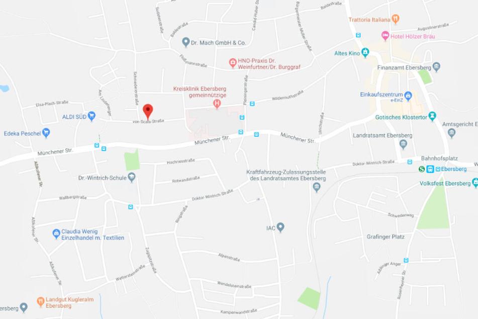 Der Vorfall ereignete sich in einem Wohnheim in der von-Scala-Straße in Ebersberg.