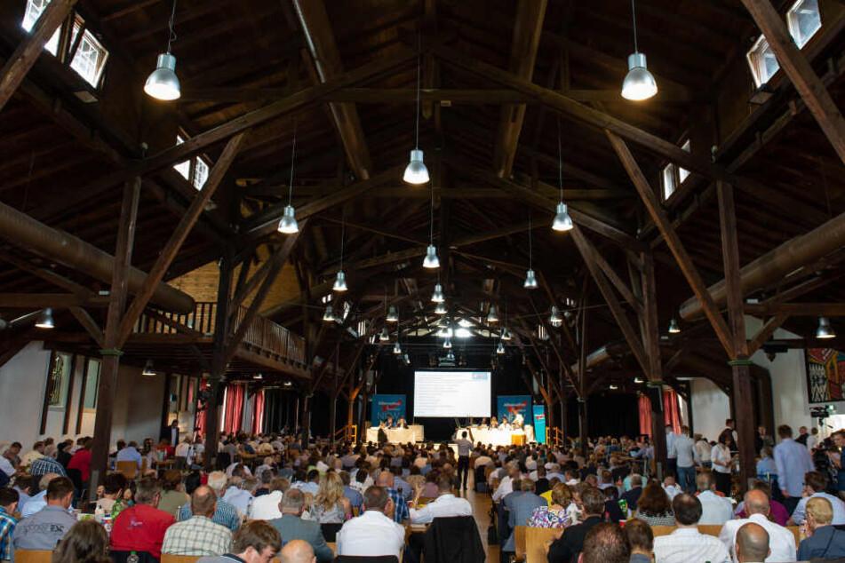 Der Parteitag der NRW-AfD in Warburg war am Samstag vorzeitig abgebrochen worden.