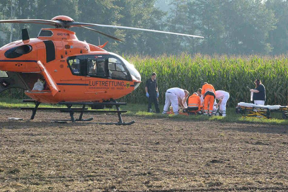 Der Rettungshubschrauber Christoph 13 brachte den Schwerverletzten (65) nach Bielefeld in die Spezialklinik Gilead I.