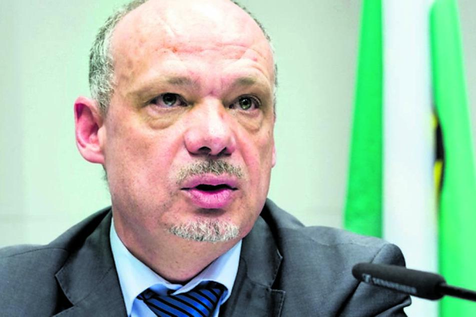 Seine Ermittler beschäftigen sich mit rund 50 Betrugsfällen: LKA-Chef Petric Kleine (54).