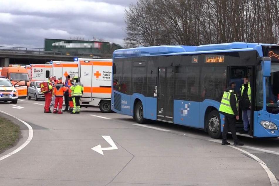 14 Verletzte nach Bus-Crash auf B47 bei Bensheim