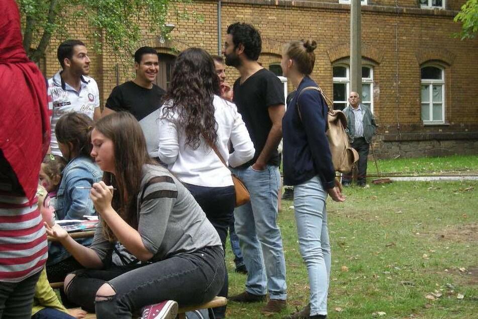 2015 richtete die Flüchtlingsunterkunft an der Riebeckstraße ein Begegnungsfest für alle aus - die Räumlichkeiten sind auch immer noch in Betrieb.