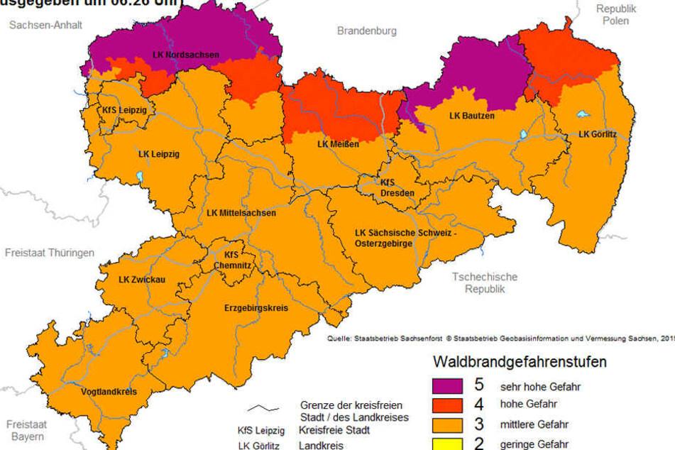 Für einige Teile Sachsens gilt die höchste Waldbrand-Warnstufe, weitere Kreise sollen folgen.