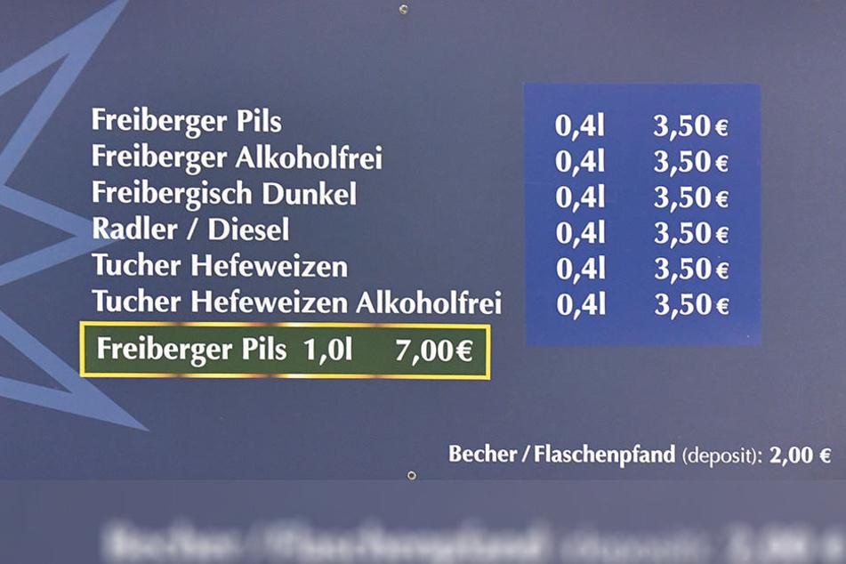 Die Preisübersicht belegt die gestiegenen Kosten am Bierstand. Ligaweit zahlt der Fan in Dresden aber nicht mehr.