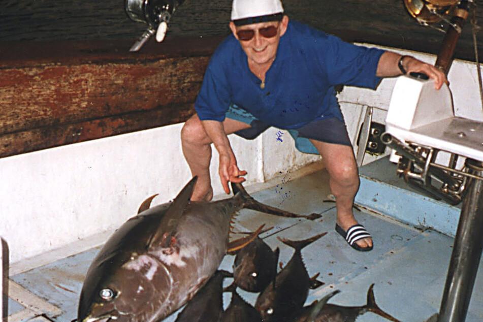 Cohrs liebte auch das Angeln - hier bei einem Urlaub 1997 auf einem Boot.