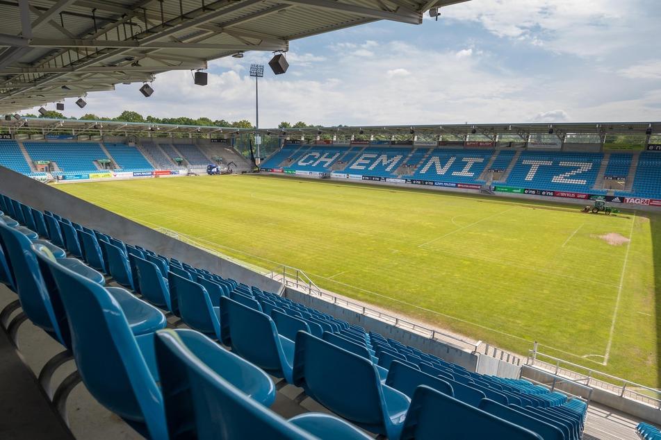 """Das Stadion ist leer: Die Aktion """"MeinUnterstützerticket"""" soll die finanziellen Auswirkungen der Corona-Pandemie auf den Chemnitzer FC zu reduzieren."""
