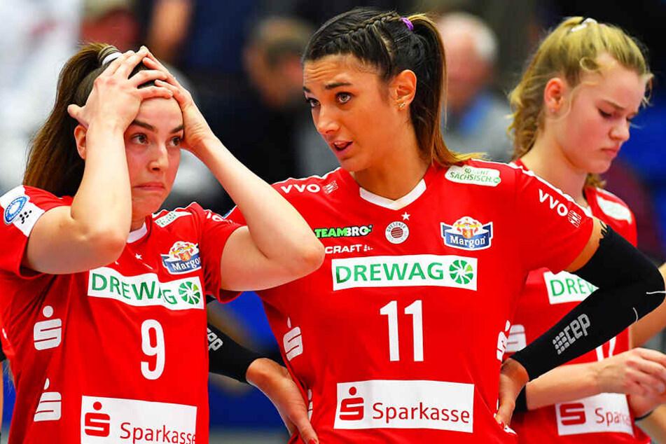 Lucija Mlinar (l.) und Milica Kubura waren nach Schlusspfiff enttäuscht.