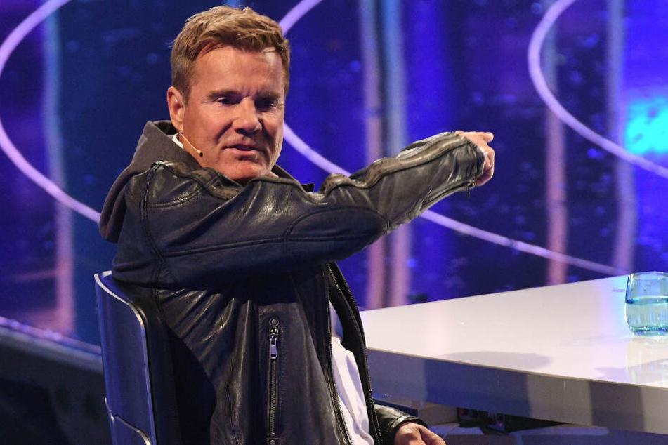 """Dieter Bohlen sitzt bei der Casting-Show """"Deutschland sucht den Superstar"""" auf seinem Jury-Stuhl."""