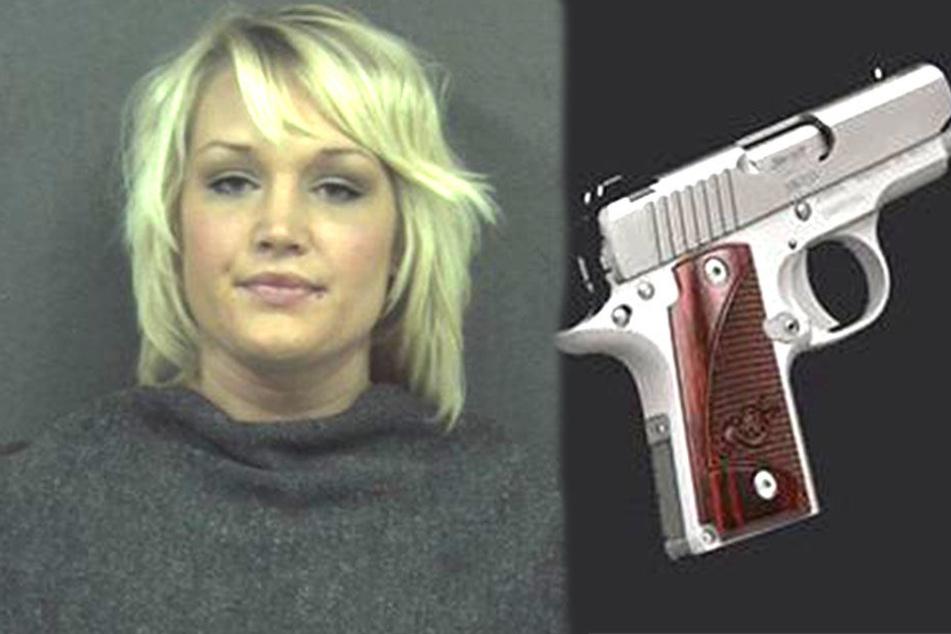 Absolut unfassbar, wo diese Frau eine geladene Pistole versteckt