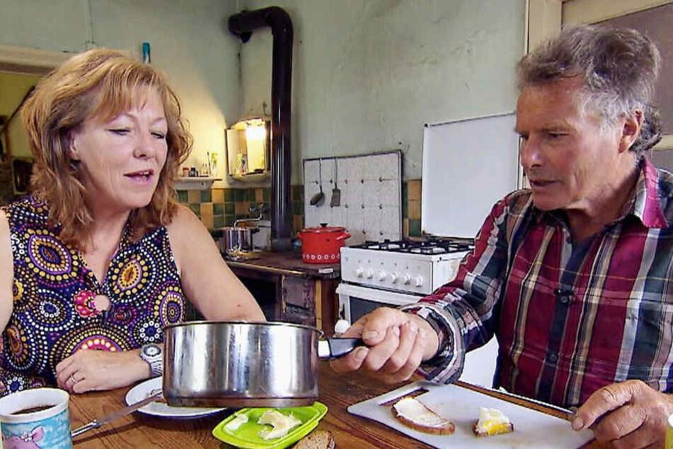 Lecker gemeinsam gegessen wurde in der Sendung vom Montagabend. Hier mit Nicole.