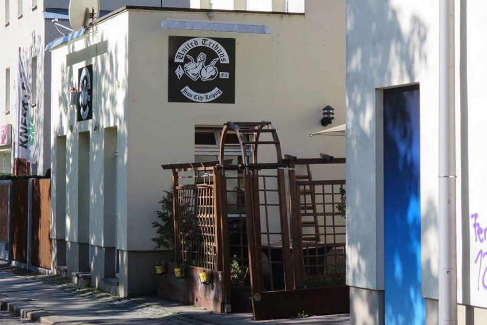 """Das """"Iron City""""-Emblem am einstigen Clubhaus ist längst ab. Die früheren Rocker versuchen sich jetzt als Box-Promoter."""