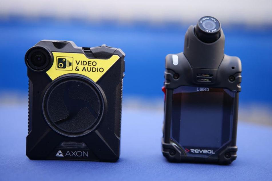 So sehen die Bodycams aus, die den Polizisten bei der Aufklärung von Verbrechen helfen sollen.
