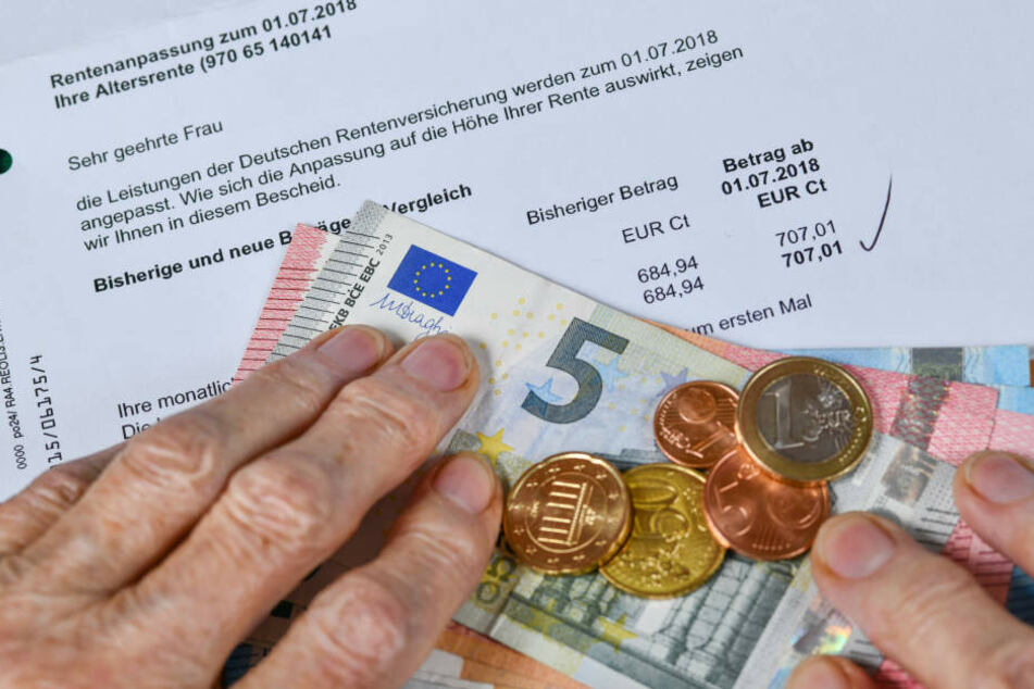 Mindestens 748 Euro Rente braucht ein Senior in Dresden zur Sicherung seines Lebensunterhalts.