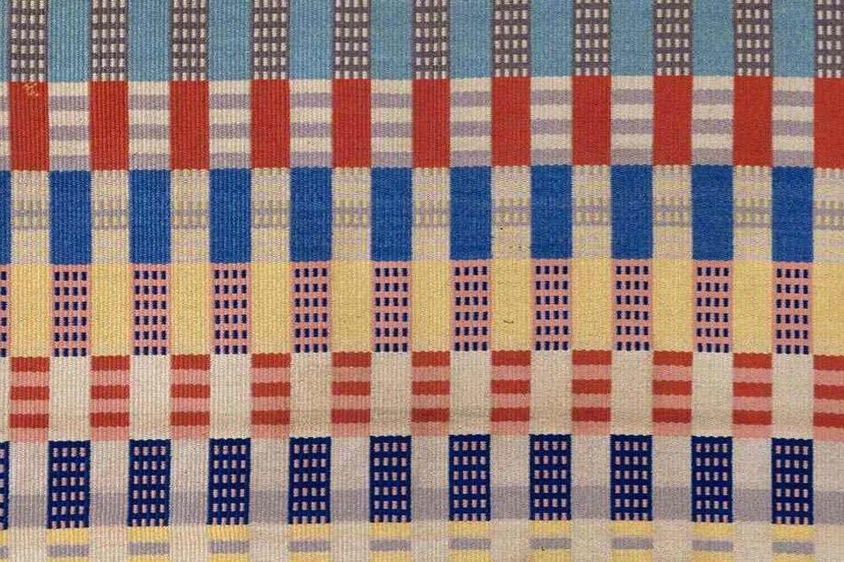 Dieser Webteppich von Otti Berger wird in den Kunstsammlungen gezeigt.