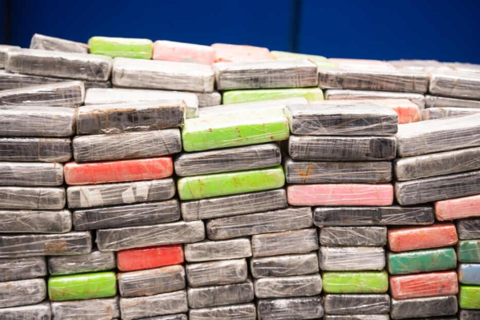 Wert: 100 Millionen Euro! Polizei findet drei Tonnen Kokain in Drogen-U-Boot