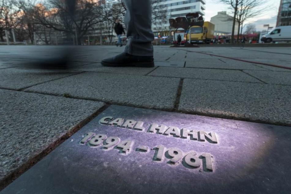 Die umstrittene Gedenkplatte für Carl Hahn wird wieder entfernt.