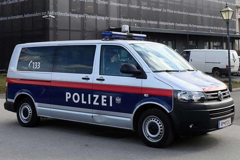 Die Wiener Polizei fahndete sofort nach dem flüchtigen Burkaträger (Symbolbild).