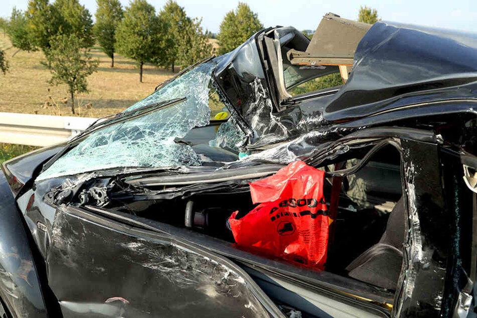 Der Beetle wurde bei dem Crash stark beschädigt.
