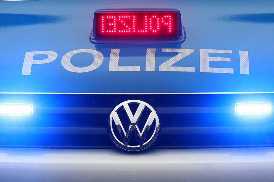 Die Polizei hat noch am Sonntag zwei Tatverdächtige festnehmen können. (Symbolbild)